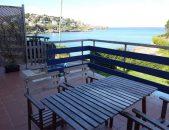 Apartamentos El Sel apartamentos en Isla Cantabria Terraza al borde del mar