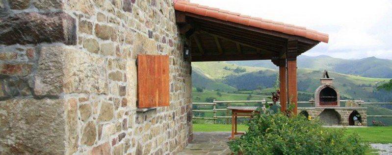 Cabaña Coterón Cabaña Pasiega en Selaya Valles Paisegos Cantabria