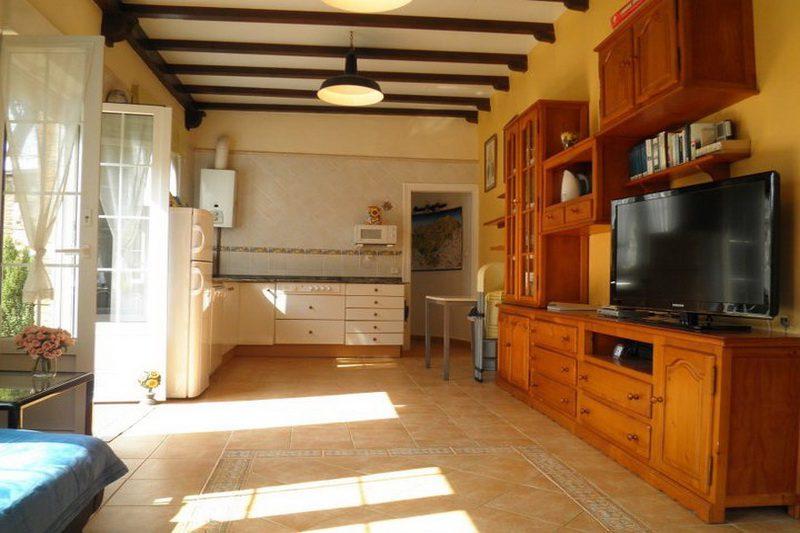 Casa Rural La Matilda Casa Rural en Novales Cantabria Recibidos Salón Cocina