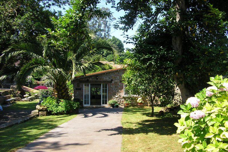 Casa Rural La Matilda Casa Rural en Novales Cantabria Recibidos Jardín