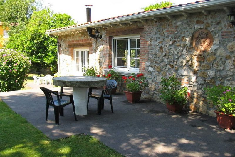 Casa Rural La Matilda Casa Rural en Novales Cantabria Recibidos Exterior