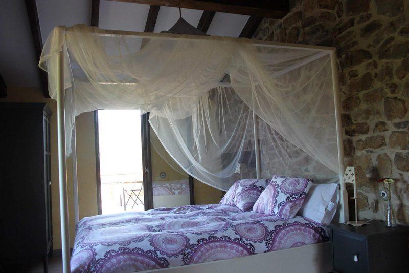 Casa rural La Charruca Casa rural en Abionzo Valles Pasiegos Cantabria Habitación