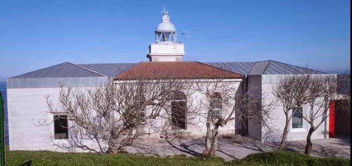 Faro de Punta Silla de San Vicente de la Barquera