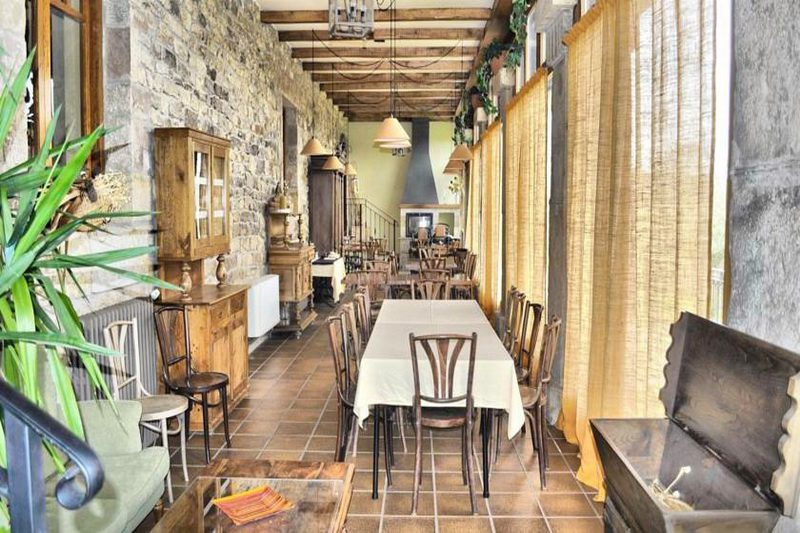Posada Los Carabeos Alojamiento rural en Valdeprado del Rio Cantabria Salón Galería