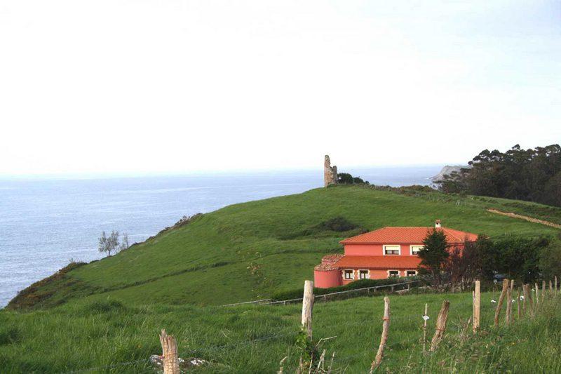 Posada Punta Linera Posada rural en san Vicente de la Barquera Cantabria  Vistas sobre el mar