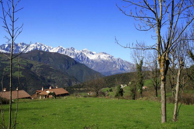 Posada de Tollo Casa rural en Tollo Vega de Liebana Cantabria al pie de los Picos de Europa