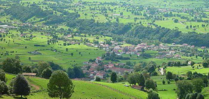 Ruta Rio de Rubionzo y Robledal en Saro