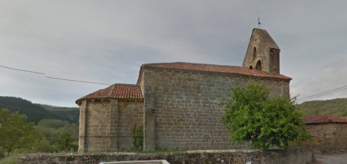 Iglesia de San Agustín en San Martín de Valdelomar Valderredible Cantabria