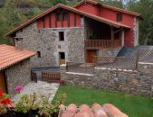 Casa rural en Potes con piscina, Viviendas Rurales Spa La Barcena