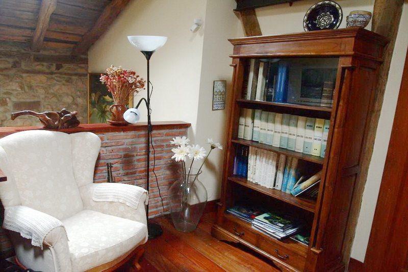 Hotel rural con encanto cerca de cabarceno casona de hermosa detalle de la Biblioteca