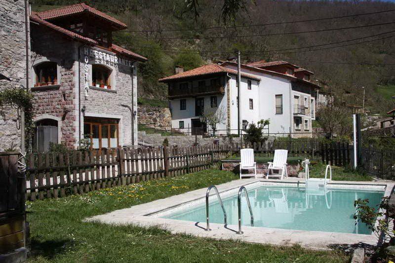 Hostal Nevandi alojamiento rural en Espinama