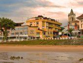 Vsita desde la playa del Hotel Las Olas Hotel en Noja Cantabria
