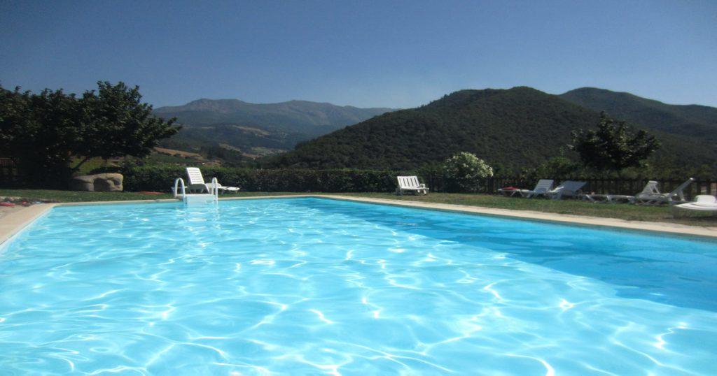 Casas rurales con piscina en cantabria casa rurales en cantabria con piscina - Hoteles en cantabria con piscina ...