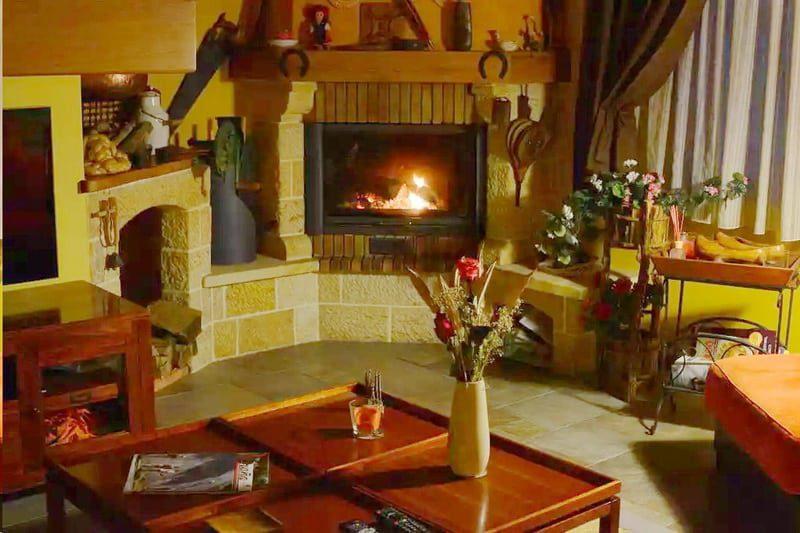 Alojamiento Bernabales, Alojamiento rural en Lierganes Cantabria, Dormir cerca de Cabarceno-B