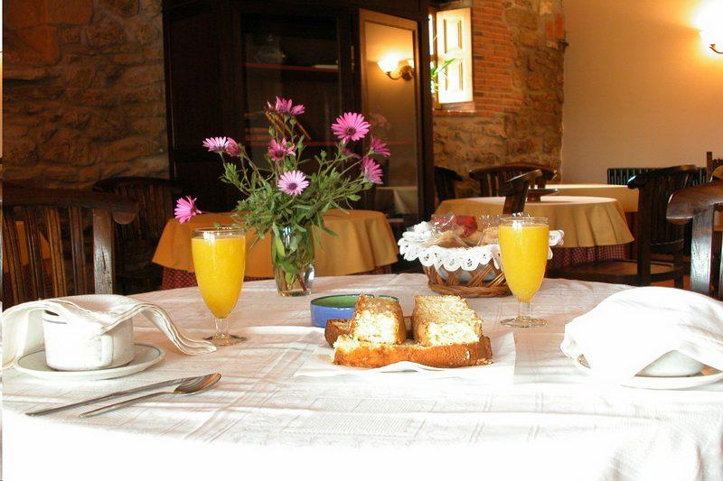 Desayunos de Posada de Peredo y Villa