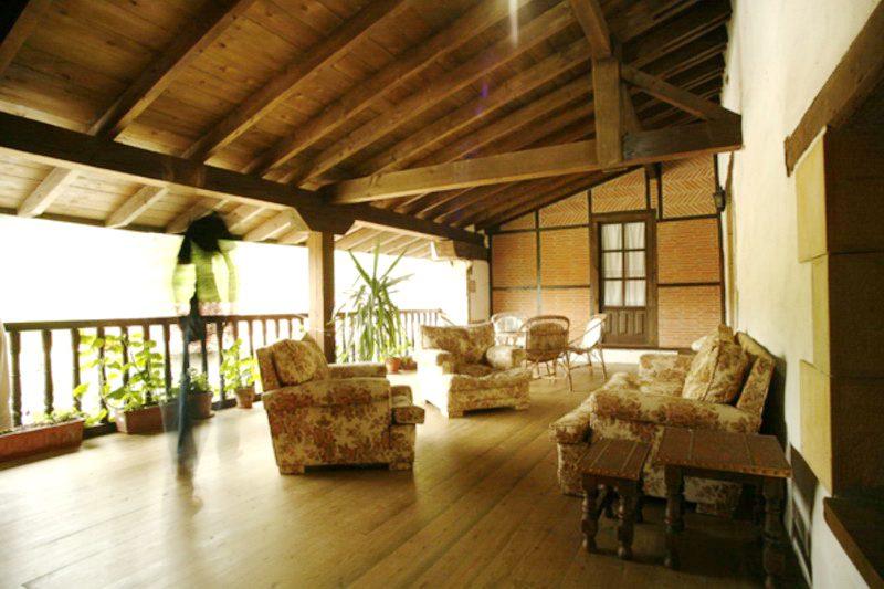 Terraza cubierta de la Casa Rural Primorias