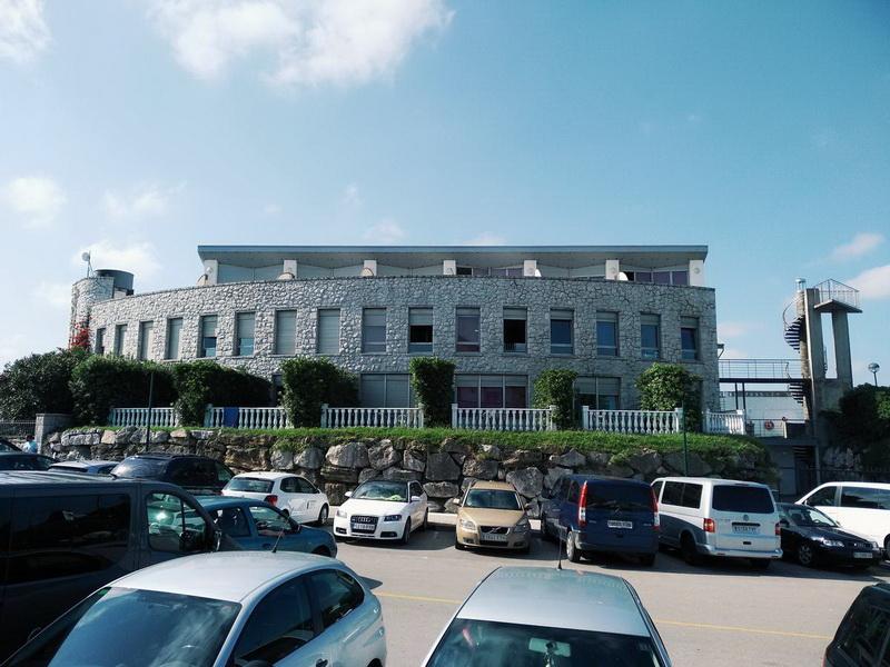 Vista general de Apartamentos El Caserio Suances