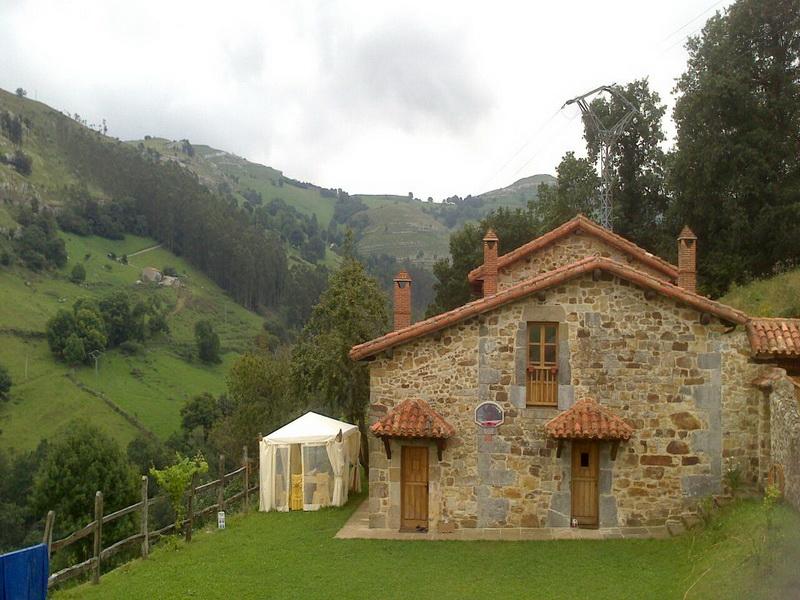 Paisaje donde se ubica la Casa rural El Pilón