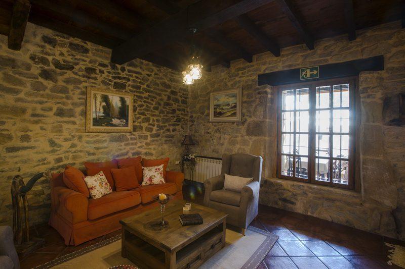Posada Condado de la Mota, Hotel con encanto en Mogro Cantabria F