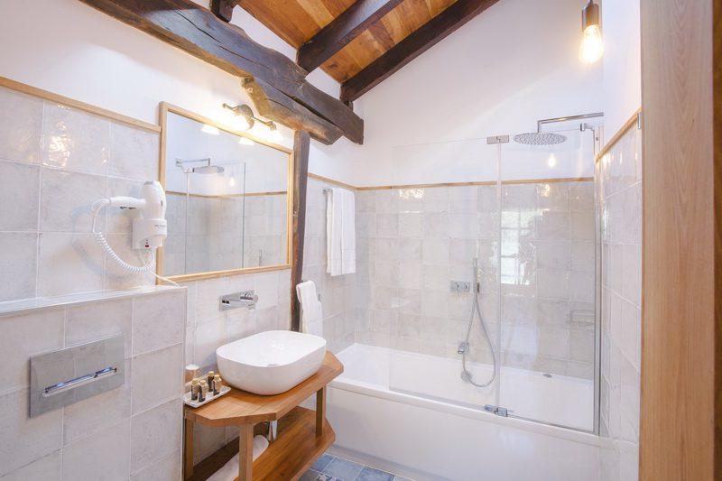 Posada Condado de la Mota, Hotel con encanto en Mogro Cantabria M