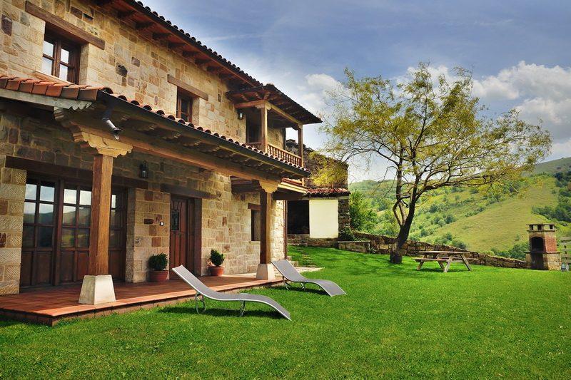 Exterior de La Casa de Bustantegua Casa rural en Cantabria