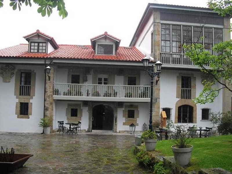 Casona Palacio Hosteria de Arnuero