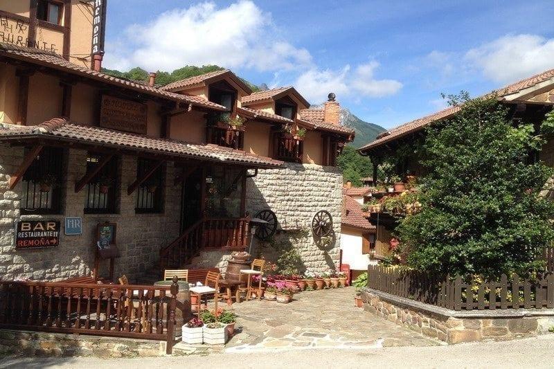 Hoteles con encanto en potes cantabria alojamiento con encanto en potes hoteles rurales con - Hoteles con encanto y piscina ...