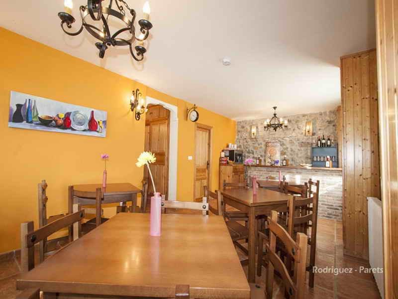 Posada El Pradon salón comedor cafeteria
