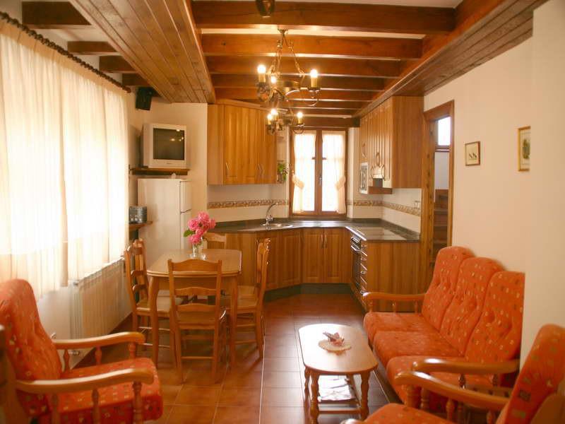 Viviendas rurales El Canton magníficas instalaciones en las cocinas